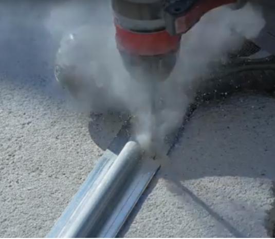 perforation du sol béton avec perforateur